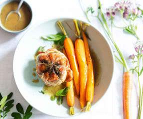 Paupiettes, carottes nouvelles et jus aux herbes