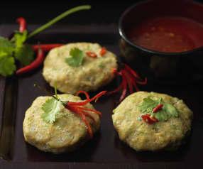 Gedämpfte Fischküchlein thailändische Art