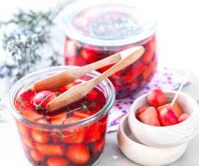 Pickles de radis roses et noirs
