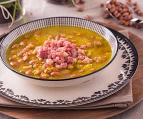 Zuppa di fagioli e coriandolo