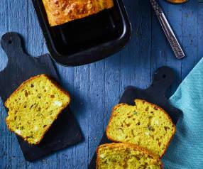 Plumcake salato alla curcuma con quartirolo e olive