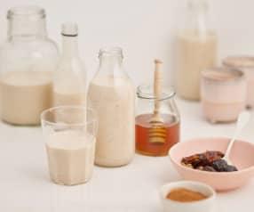 Iogurte líquido de aveia, mel e canela