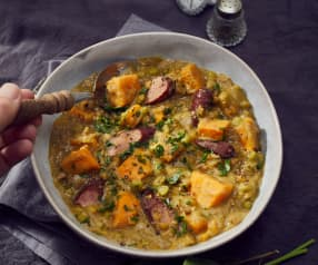 Süßkartoffel-Eintopf mit Kabanossi