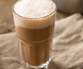 Teh tarik (pulled milk tea)