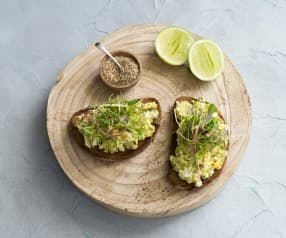 Avo and egg spread