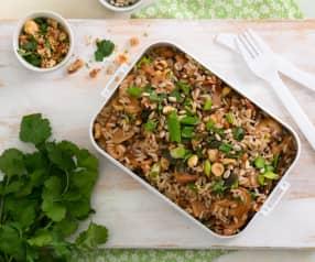 Salada de arroz integral proteica