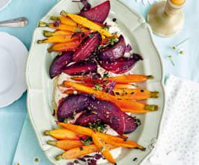 Salade tiède de carottes et betteraves, sauce sésame
