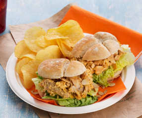 Pulled Chicken Curry Burger