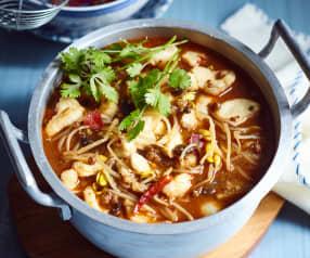 Fischfilet mit Sojabohnensprossen in scharfer Sauce (水煮鱼)