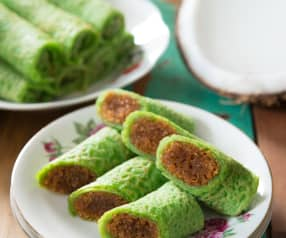 Kuih ketayap (crêpes with sweet coconut filling)