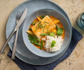 Steamed red curry fish