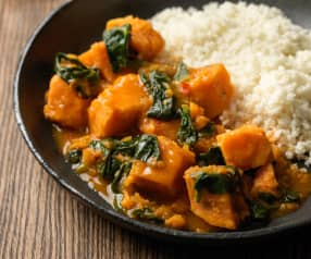 Sweet Potato and Spinach Curry with Cauliflower Rice