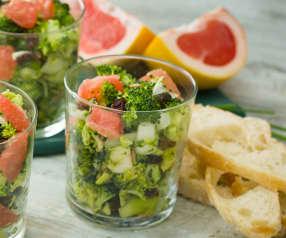 Ensalada de brócoli con pomelo