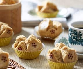 Gula Melaka Huat Kuih (Palm Sugar Steamed Cupcakes)