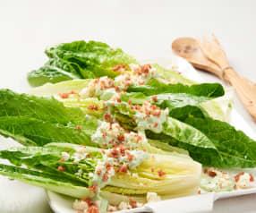 Lattuga romana con salsa al Gorgonzola e granella di prosciutto