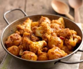 Aloo Gobi (Bombay-Kartoffeln mit Blumenkohl)