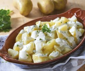 Potatoes with Yoghurt Sauce