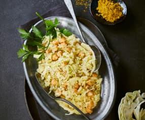 Weißkohlsalat mit Kichererbsen und Curry-Joghurt-Dressing