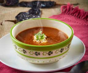 Sopa de chile ancho y requesón