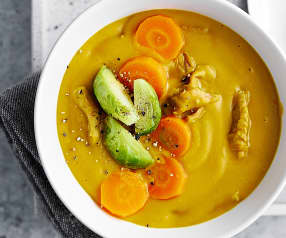 Goldene Power-Suppe