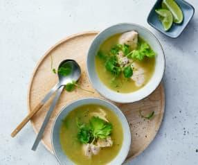 Limetten-Quinoa Suppe mit Poulet