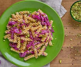 Pasta con cavolo rosso e pistacchi (senza glutine)
