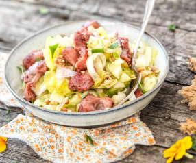 Salade de gésiers, endives, pommes et noix