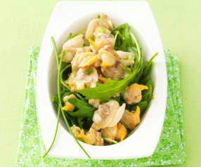 Coquillages en vapeur de citron et salade de roquette