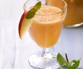 Orangen-Apfel-Smoothie