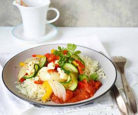 Buntes Gemüse mit Schafskäse und Tomatenreis
