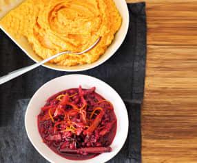 Purée de patates douces au gingembre, sauce airelles-dattes