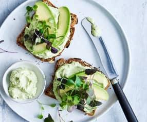 Eiwitbrood met Green Power-spread