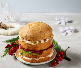 Panettone gastronomico natalizio