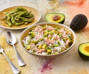 Insalata di riso basmati, salmone e avocado