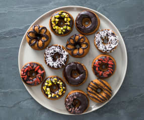 Wholemeal spelt doughnuts with cacao glaze