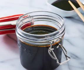 Reducción de salsa de soya
