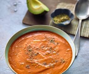 Zuppa di avocado e pomodoro