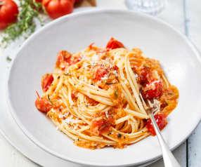 Linguine in Tomatenbutter