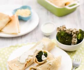 Naleśniki z brokułami i sosem serowym