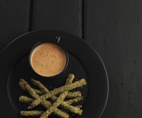 Espargos panados com maionese de pimentos e queijo