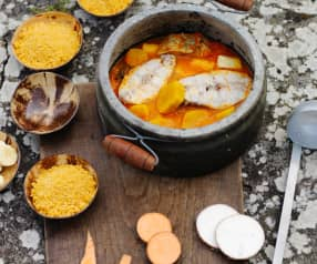 Muzongué com musseque - Guisado de peixe com farinha de mandioca