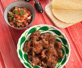 Costine di maiale alla messicana con pico de gallo