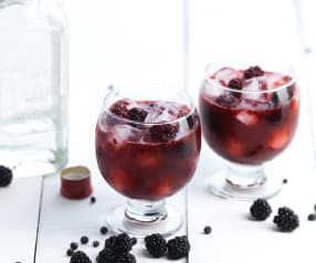 Jeżynowy gin z jałowcem