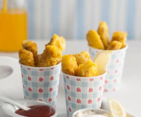 Fish fingers with tomato sauce