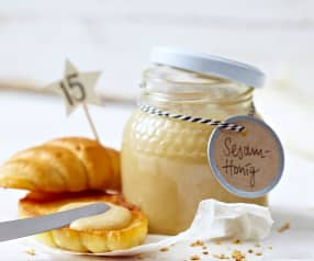 Sezamový med