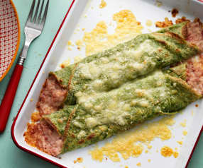 Groene pannenkoeken met ham en kaas