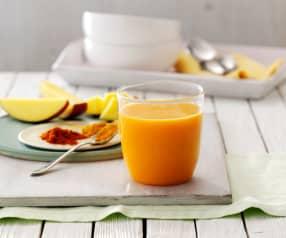 Succo al mango, arancia e pepe di Cayenna