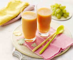 Smoothie de melón, melocotón y uvas
