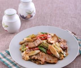 Pancia di maiale piccante con tofu e verdure