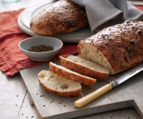 Aromatyczny chlebek z kminkiem i sezamem